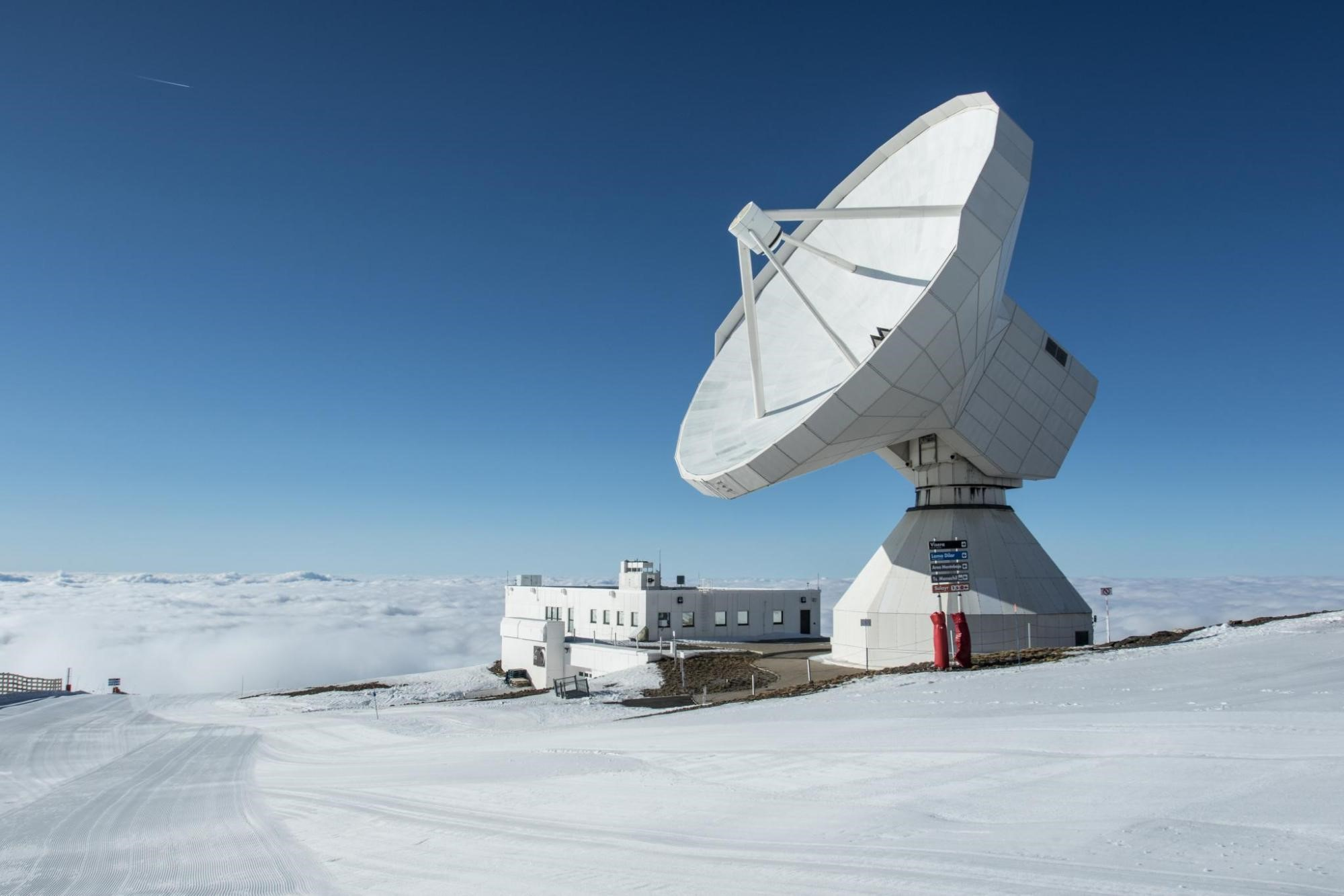 The IRAM 30-metre telescope, near Granada (southern Spain)